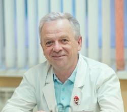 Dr Carlos Diaz Acedo
